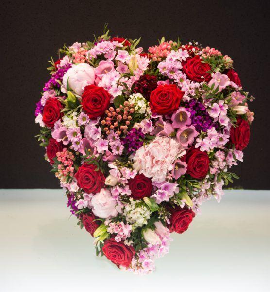 Blumenherz zur Trauerfloristik